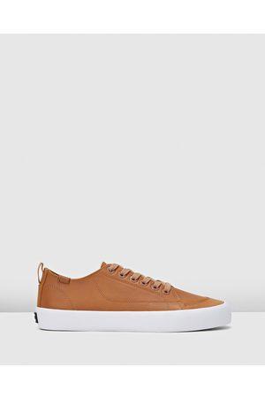 Volley Deuce Leather Low - Low Top Sneakers (Tan Leather) Deuce Leather Low
