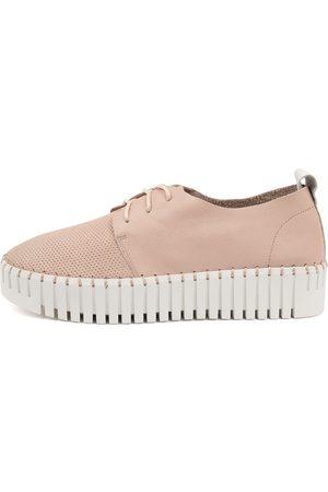 Django & Juliette Batu Dj Rose Sole Sneakers Womens Shoes Casual Casual Sneakers