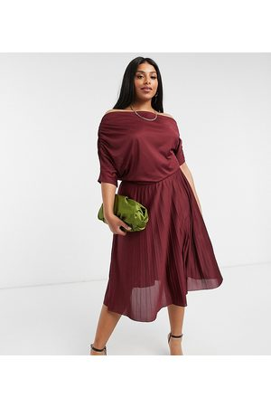 ASOS ASOS DESIGN Curve exclusive fallen shoulder pleated skater midi dress in burgundy-Multi