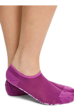 Rockwear No Show Ankle Cut Sock Cranberry One
