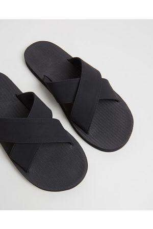 Indosole Men Sandals - ESSENTLS The Cross Men's - Casual Shoes ESSENTLS The Cross - Men's