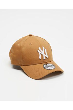New Era 940 New York Yankees Cap - Headwear (Wheat & ) 940 New York Yankees Cap