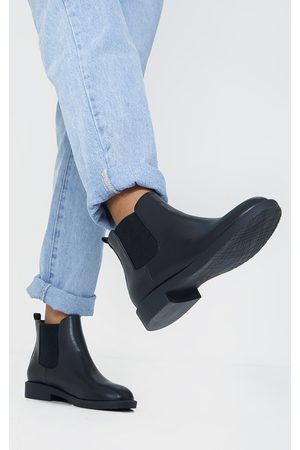 PRETTYLITTLETHING Faux Leather Basic Chelsea Ankle Boots