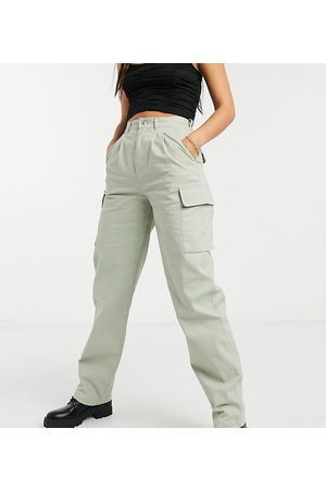 ASOS ASOS DESIGN Tall pleat-front chino with cargo pockets in sage-Green