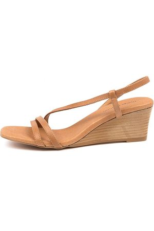 Django & Juliette Lucy Dj Tan Natural Veneer Sandals Womens Shoes Casual Heeled Sandals