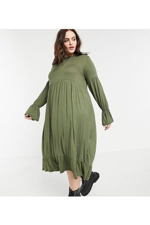 Yours Fluted sleeve tiered maxi dress in khaki-Green