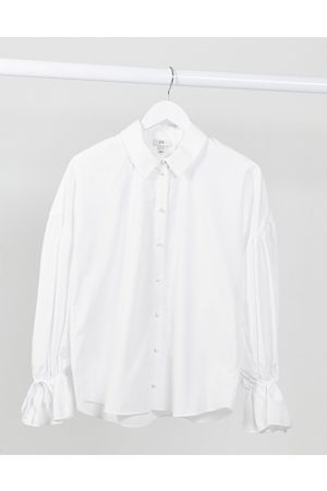 River Island Oversized sleeve poplin shirt in white
