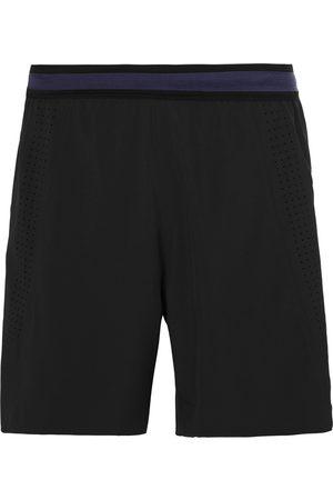 SOAR Shorts