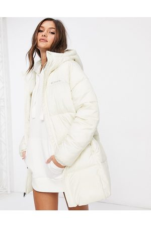 Columbia Puffect Mid jacket in white