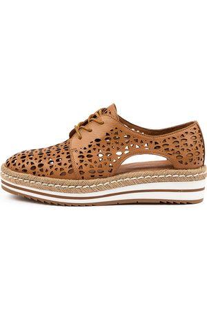 Django & Juliette Women Casual Shoes - Essa Dj Dk Tan Shoes Womens Shoes Casual Flat Shoes