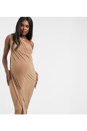 Club L Club L London Maternity slinky one shoulder maxi dress with thigh split in camel-Tan