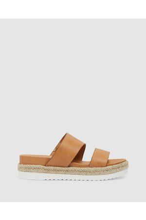 Sandler Women Flat Shoes - Wagon - Flats (Camel Smooth) Wagon