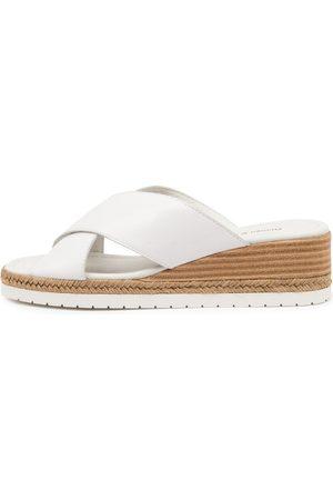 Django & Juliette Illyan Dj Sandals Womens Shoes Casual Heeled Sandals