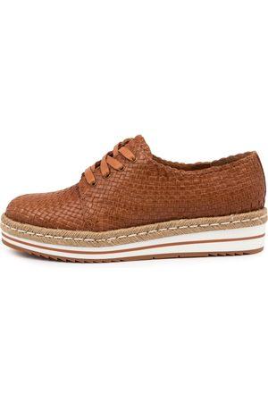 Django & Juliette Erie Dj Tan Shoes Womens Shoes Casual Flat Shoes
