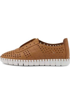 Top end Kala To Dk Tan Sole Sneakers Womens Shoes Casual Casual Sneakers