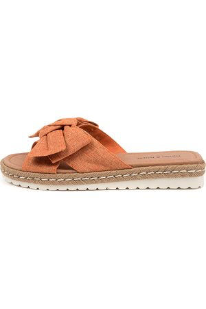Django & Juliette Women Sandals - Stannis Dj Cantaloupe Sandals Womens Shoes Casual Sandals Flat Sandals