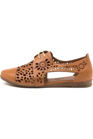 Diana Ferrari Women Flat Shoes - Calli Df Tan Shoes Womens Shoes Flat Shoes