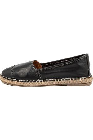 Diana Ferrari Umenia Df Shoes Womens Shoes Flat Shoes