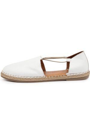 Diana Ferrari Umta Df Shoes Womens Shoes Flat Shoes