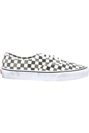 VANS Men Sneakers - Low-tops & sneakers