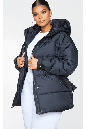 PRETTYLITTLETHING Plus Belted Puffer
