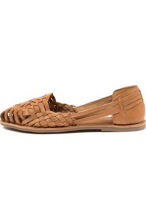 Mollini Lotas Mo Tan Shoes Womens Shoes Casual Flat Shoes
