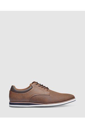 Tarocash Enzo Textured Lace Up Shoe - Lifestyle Shoes (TAN) Enzo Textured Lace Up Shoe