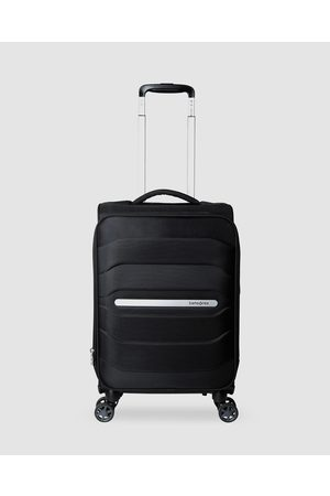 Samsonite Octolite Spinner 55cm Spinner Suitcase - Travel and Luggage Octolite Spinner 55cm Spinner Suitcase