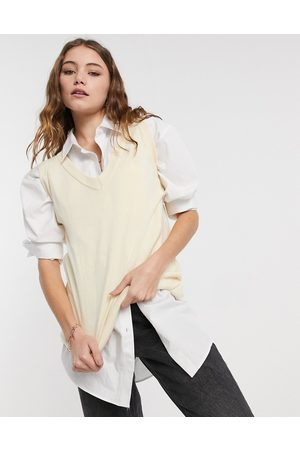 Daisy Street Plus oversized sweater vest with relaxed hem-Beige