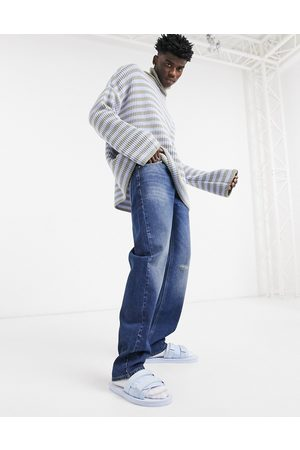 ASOS Original fit jeans in mid blue 90s wash with abrasions