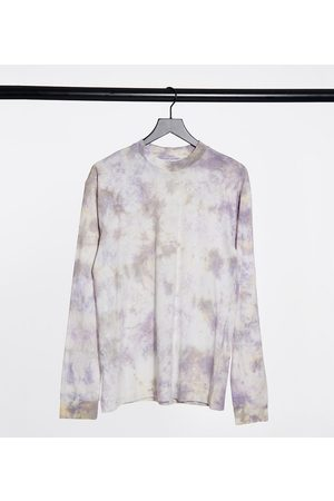COLLUSION Unisex long sleeve t-shirt with print and acid wash-Multi