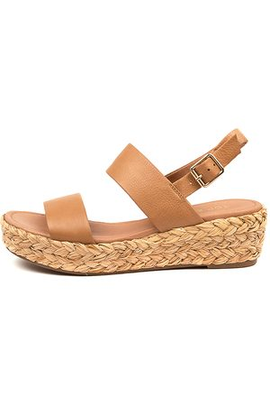 Top end Luci To Dk Tan Sandals Womens Shoes Sandals Flat Sandals