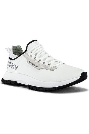 Givenchy Low Top Spectre Runner in