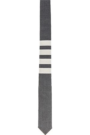 Thom Browne Classic 4 Bar Tie in Medium