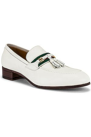 Gucci Paride Loafer in Dusty