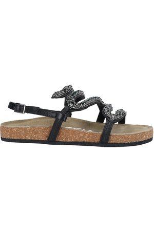Strategia Women Sandals - Sandals
