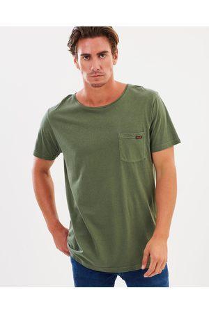 Wrangler Exclusive Stomper Tee - T-Shirts & Singlets (Military Pigment) Exclusive - Stomper Tee