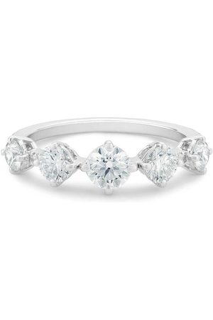 De Beers 18kt white gold Arpeggia diamond one row ring