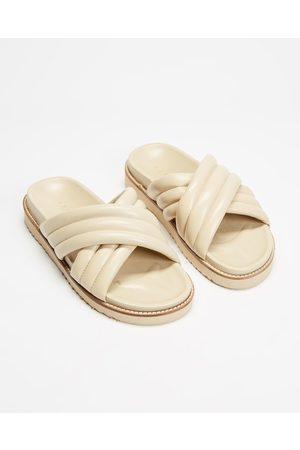 AERE Women Sandals - Crossover Leather Footbed Slides - Sandals (Cream Leather) Crossover Leather Footbed Slides