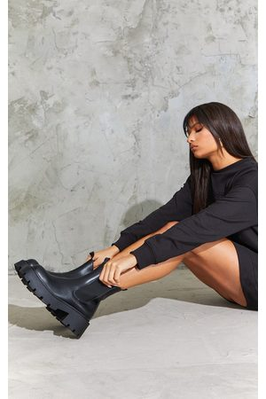 PRETTYLITTLETHING Chunky Chelsea Boots