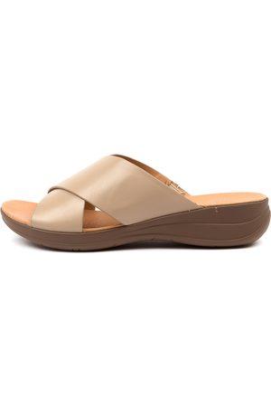 Portland Mirror Pp Lt Taupe Sandals Womens Shoes Comfort Sandals Flat Sandals