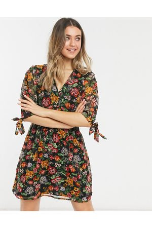 New Look Tie sleeve button-front mini dress in black ditsy pattern-Yellow