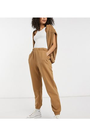 Only Trackies co-ord in tan-Beige