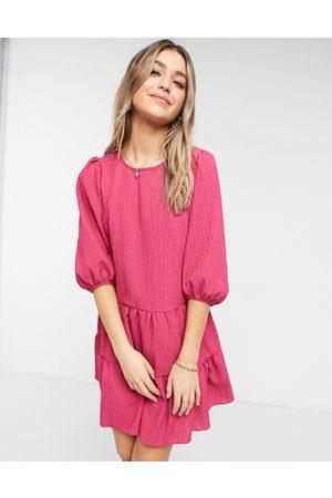 New Look Taffeta textured midi dress in pink