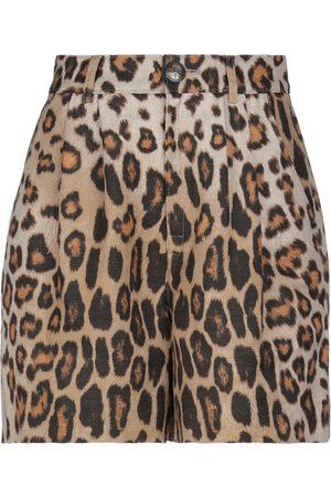 Etro Women Shorts - Shorts