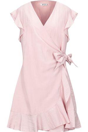 Dry Lake Knee-length dresses