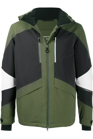Perfect Moment Men Outdoor Jackets - Colour-block panelled hooded jacket