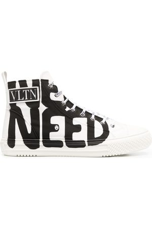 VALENTINO GARAVANI Men Sneakers - Giggies Lovers Language high-top sneaker