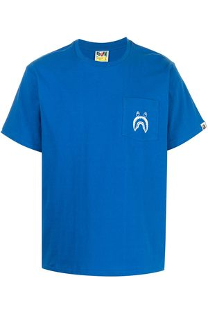 A BATHING APE® Shark-print T-shirt