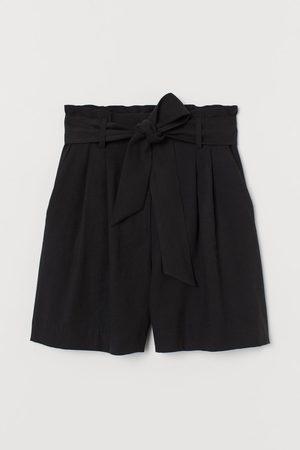 H&M Tie Belt Shorts